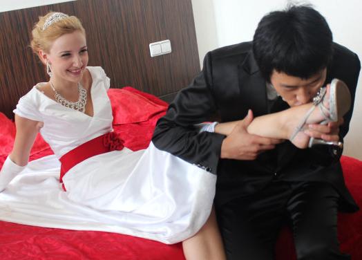 измена жены с азиатом